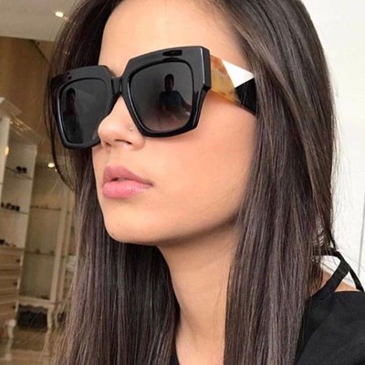 Square Sunglasses Gradient Lens Women
