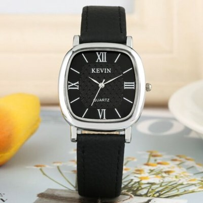 Classic Analog Quartz Wristwatch Leather
